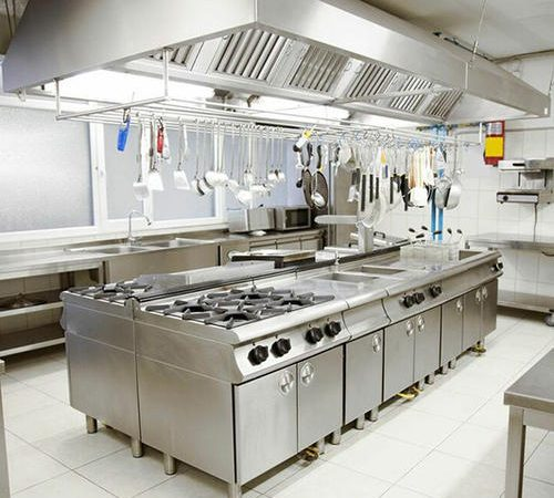 Design A Commercial Kitchen: Tips For Buying Industrial Kitchen Equipment For Hotels